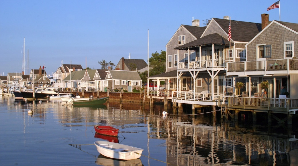 Nantucket which includes cbd, boating and a small town or village