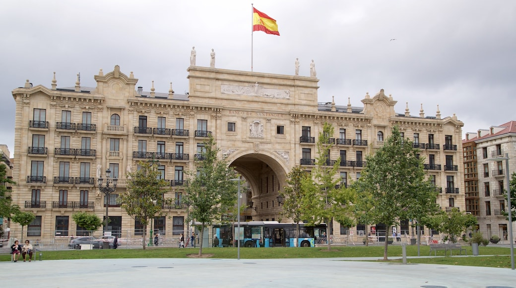 Banco Santander featuring a park and heritage architecture