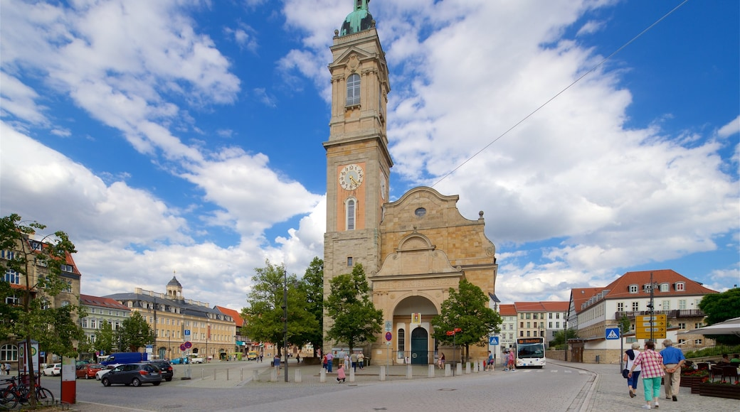 Georgenkirche welches beinhaltet historische Architektur und Kirche oder Kathedrale