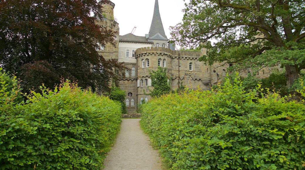 Schloss Löwenburg welches beinhaltet historische Architektur