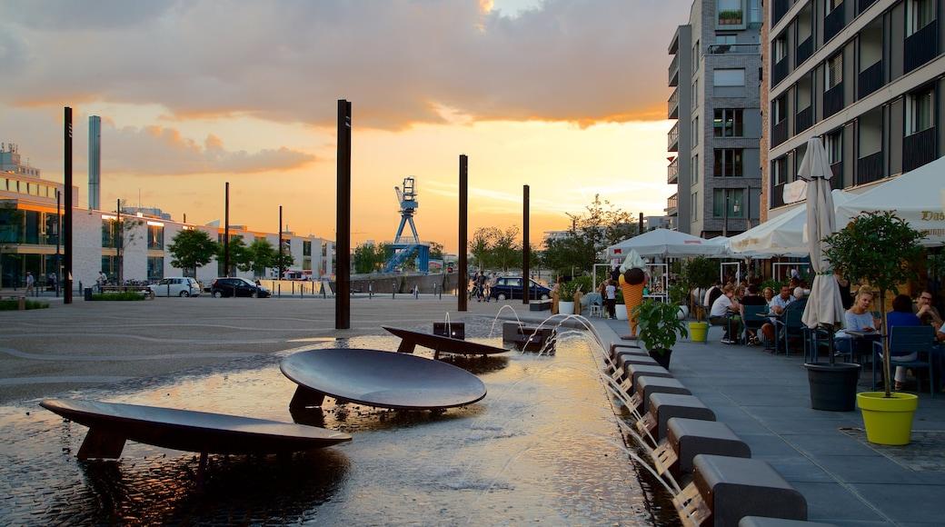 Offenbach am Main welches beinhaltet Essen im Freien, Sonnenuntergang und Springbrunnen