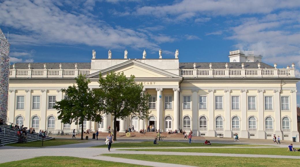 Kassel das einen historische Architektur, Straßenszenen und Garten