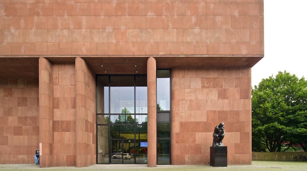 Kunsthalle Bielefeld mit einem Statue oder Skulptur