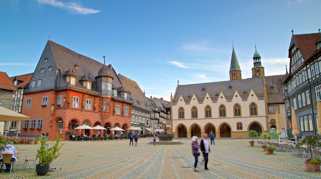 Goslar mit einem Stadt, Geschichtliches und Platz oder Plaza