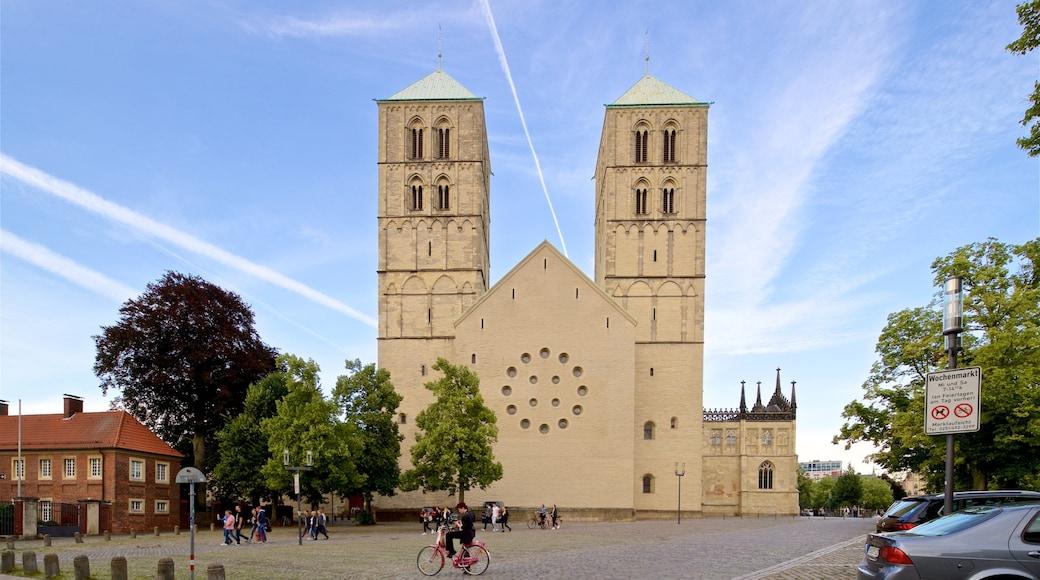St.-Paulus-Dom Münster das einen historische Architektur und Kirche oder Kathedrale