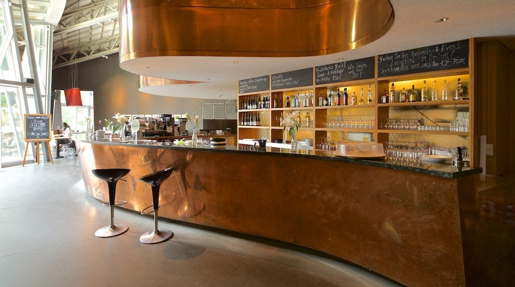 Museum MARTa Herford welches beinhaltet Bar und Innenansichten