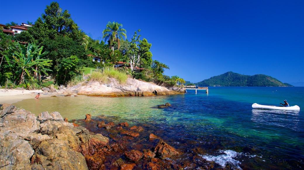 Praia da Figueira das einen Bootfahren, Strand und allgemeine Küstenansicht