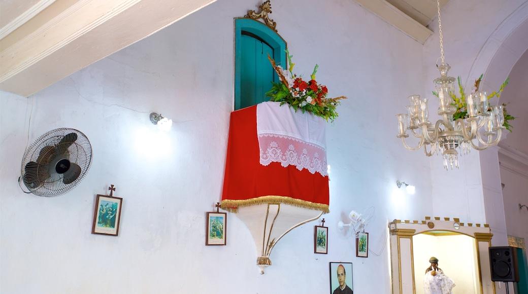 Santa Luzia Kirche das einen Innenansichten