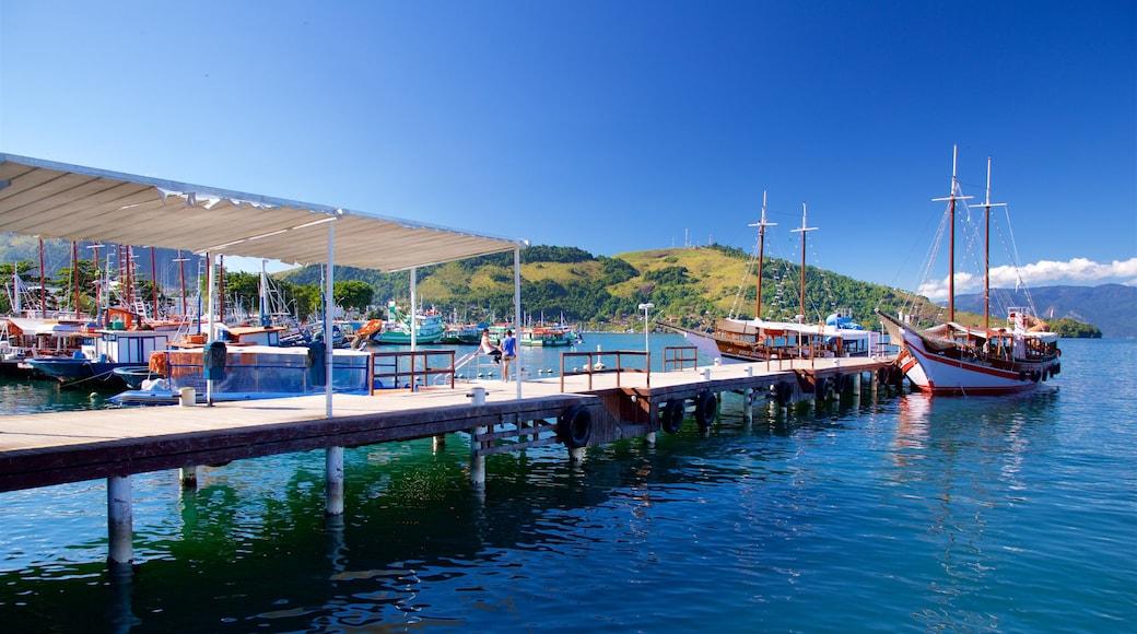 Hafen von Angra dos Reis das einen Bucht oder Hafen