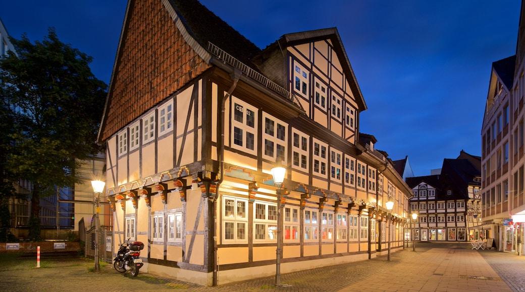 Brunswick mettant en vedette scènes de nuit et patrimoine historique