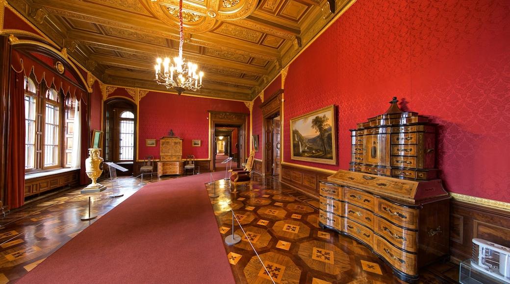 Schweriner Schloss das einen Geschichtliches und Innenansichten
