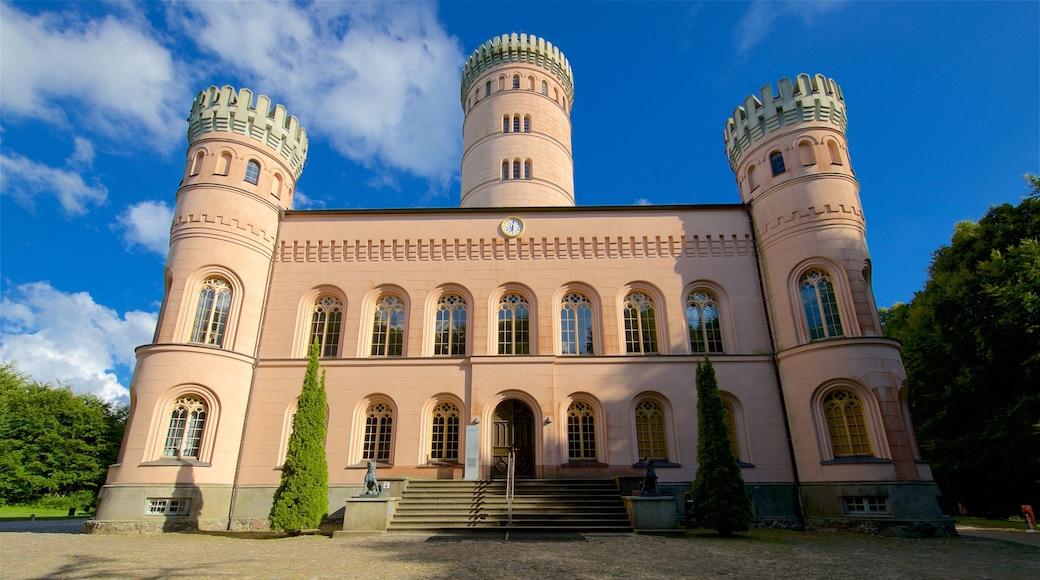 Jagdschloss Granitz som inkluderar historisk arkitektur