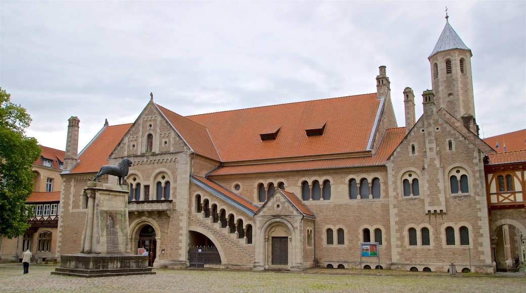 Château Dankwarderode montrant patrimoine architectural et église ou cathédrale