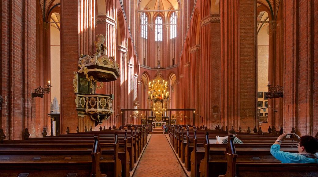 St-Nikolai-Kirche das einen Geschichtliches, Innenansichten und Kirche oder Kathedrale