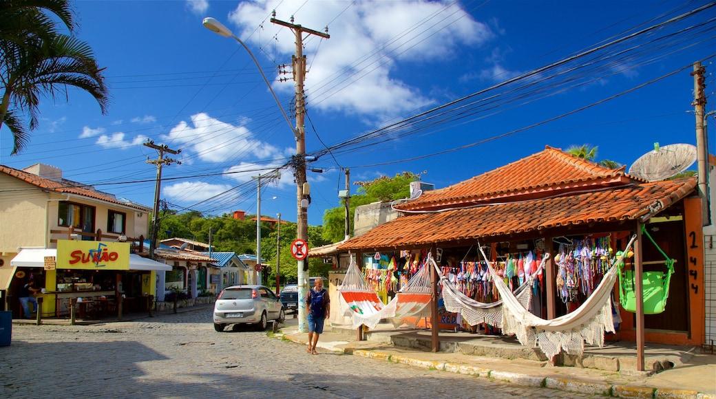 Búzios ofreciendo una pequeña ciudad o aldea