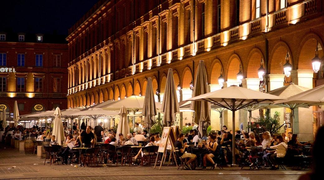 Capitole de Toulouse mettant en vedette ville, sortie au restaurant et dîner en ville