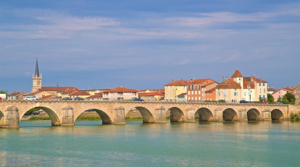 Pont Saint-Laurent featuring a bridge and a river or creek