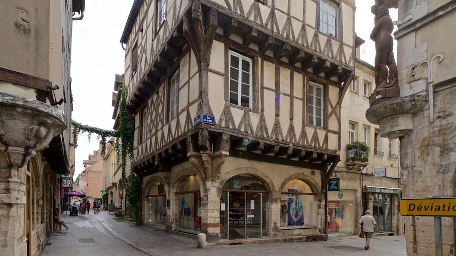 Chalon-sur-Saône mettant en vedette patrimoine historique et ville