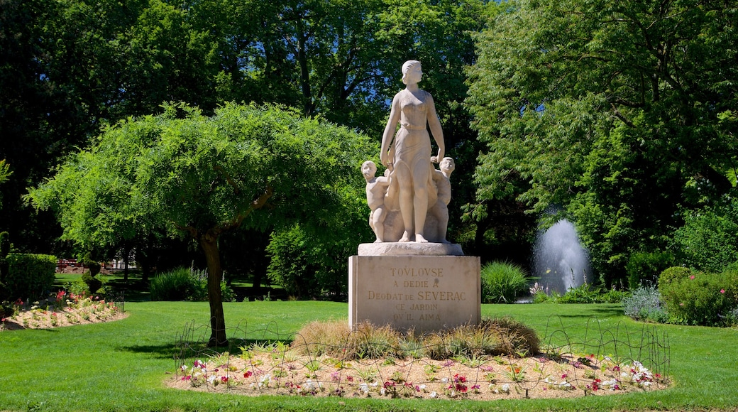 Jardin Royal featuring a garden and a statue or sculpture