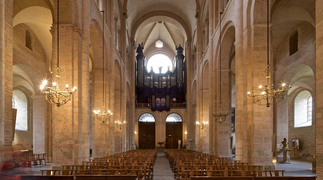 Basilique Saint-Sernin which includes a church or cathedral, heritage elements and interior views