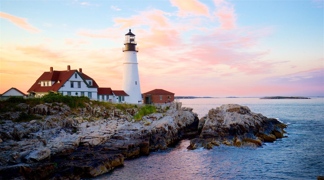 Portland Head Light showing a lighthouse, general coastal views and rugged coastline