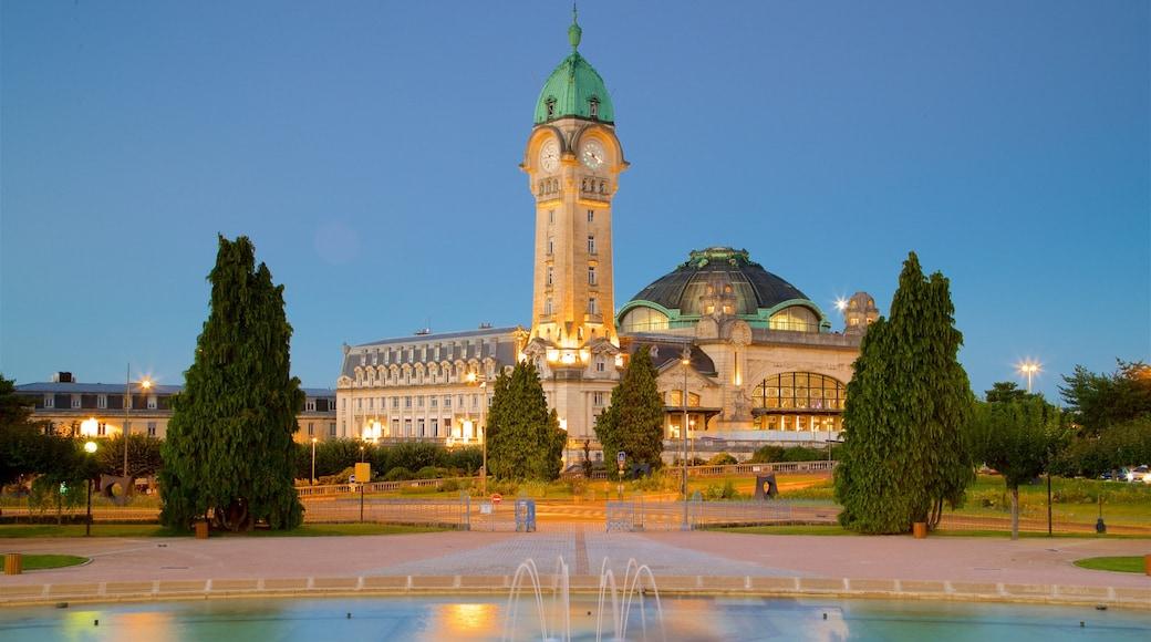 Gare de Limoges montrant patrimoine architectural, coucher de soleil et fontaine