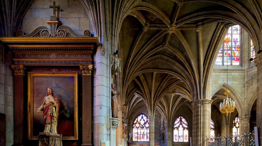 Kathedrale Notre-Dame de Moulins mit einem Kirche oder Kathedrale, Geschichtliches und religiöse Elemente