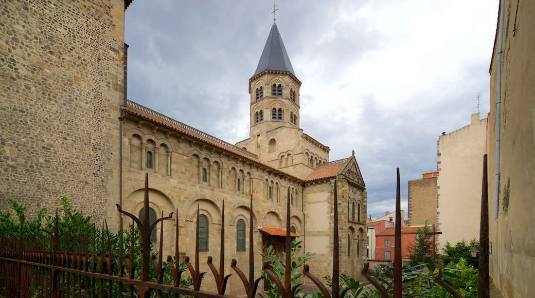 Basilica of Notre-Dame-du-Port featuring a church or cathedral and heritage architecture