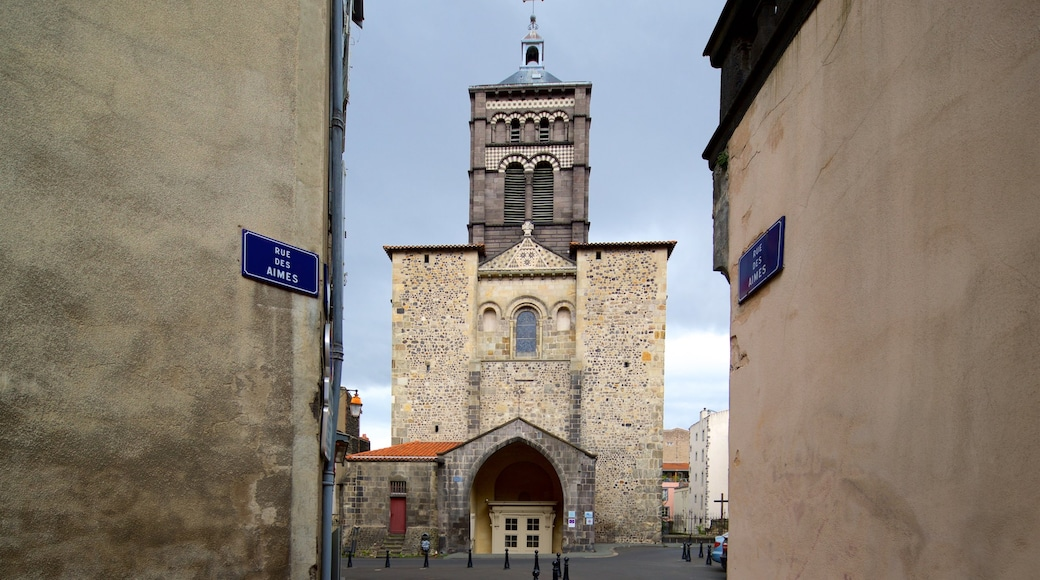 Basilica of Notre-Dame-du-Port showing a church or cathedral and heritage architecture