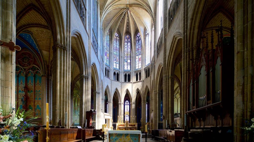 Cathédrale de Limoges montrant église ou cathédrale, vues intérieures et patrimoine historique