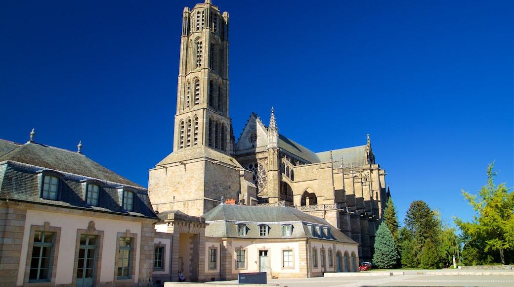 Cathédrale de Limoges mettant en vedette patrimoine architectural et église ou cathédrale