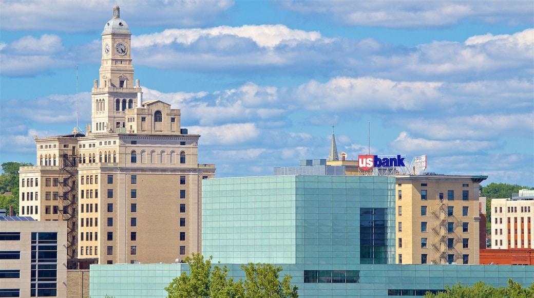 Davenport showing a city