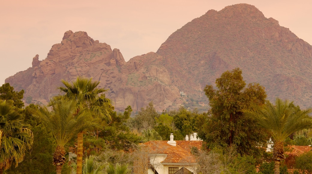 Camelback Mountain featuring a house, landscape views and mountains
