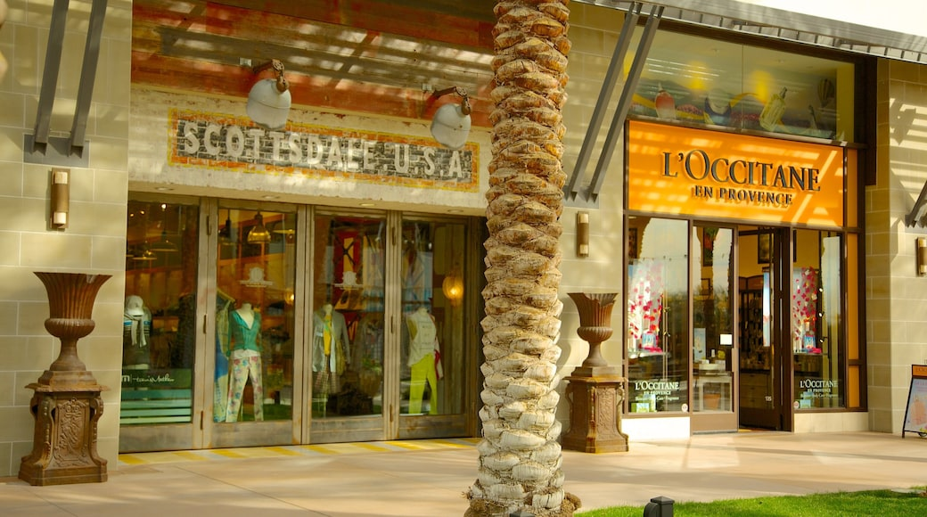 Scottsdale Quarter which includes shopping, street scenes and signage