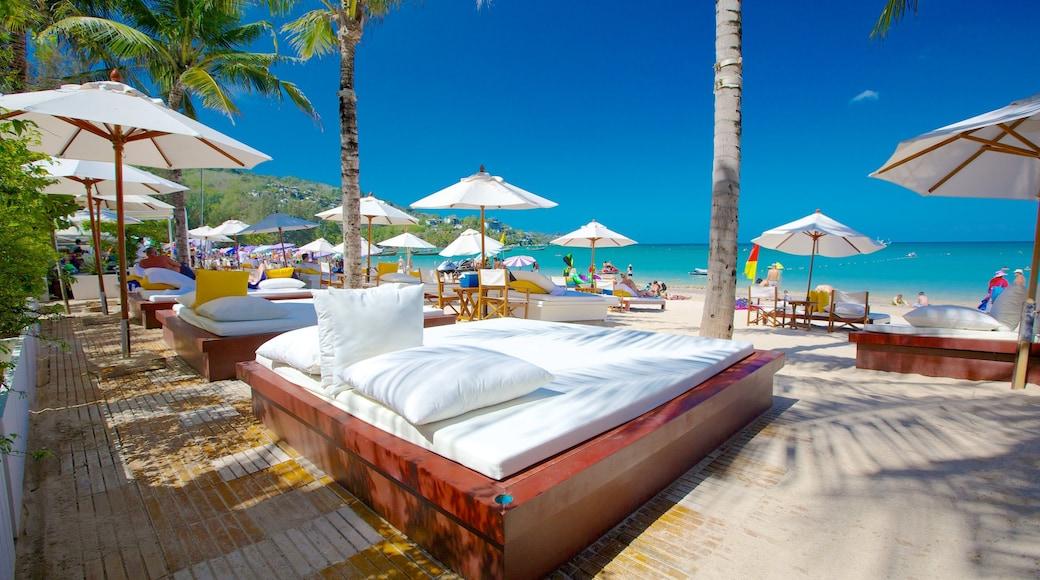 卡馬拉海灘 设有 熱帶風景, 海灘 和 豪華酒店或度假村