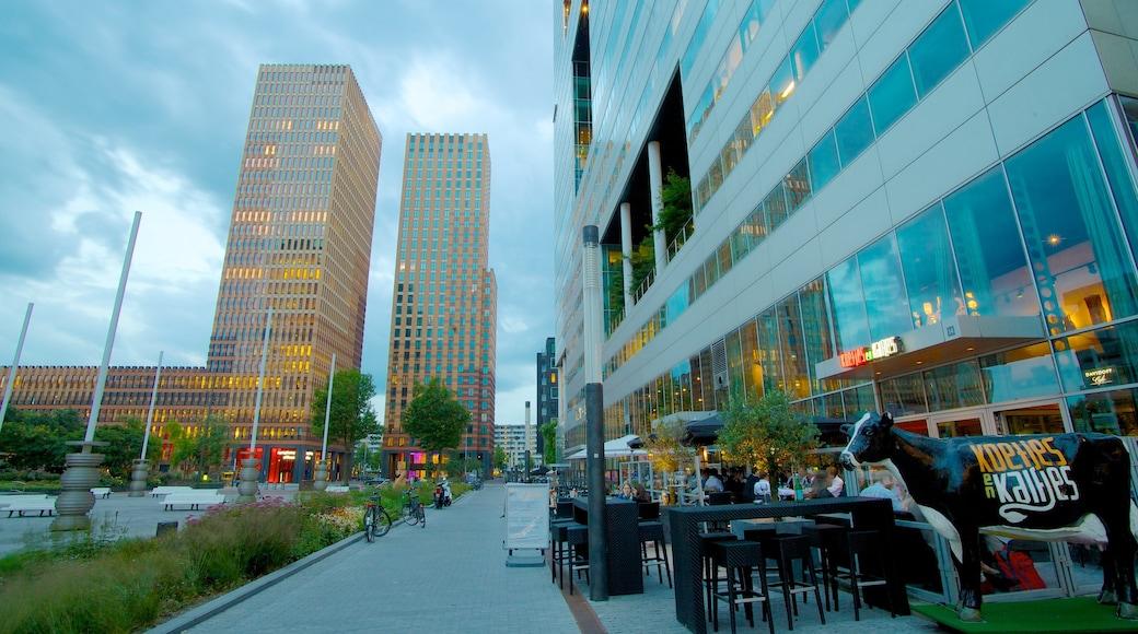 World Trade Center joka esittää kaupungin liikealue, kaupunki ja kyltit
