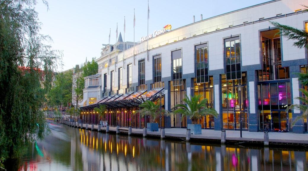 Holland Casino som inkluderer innsjø, kyst og casino