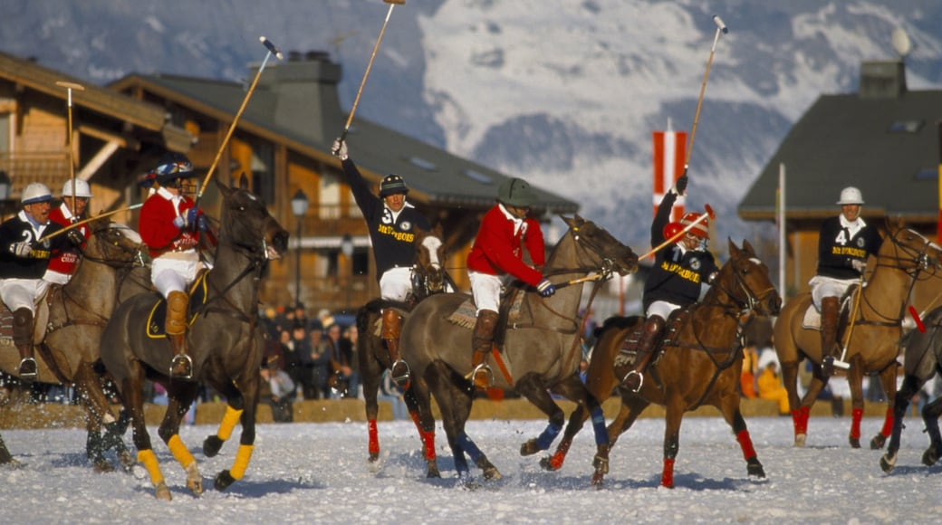Megeve che include neve e giro a cavallo