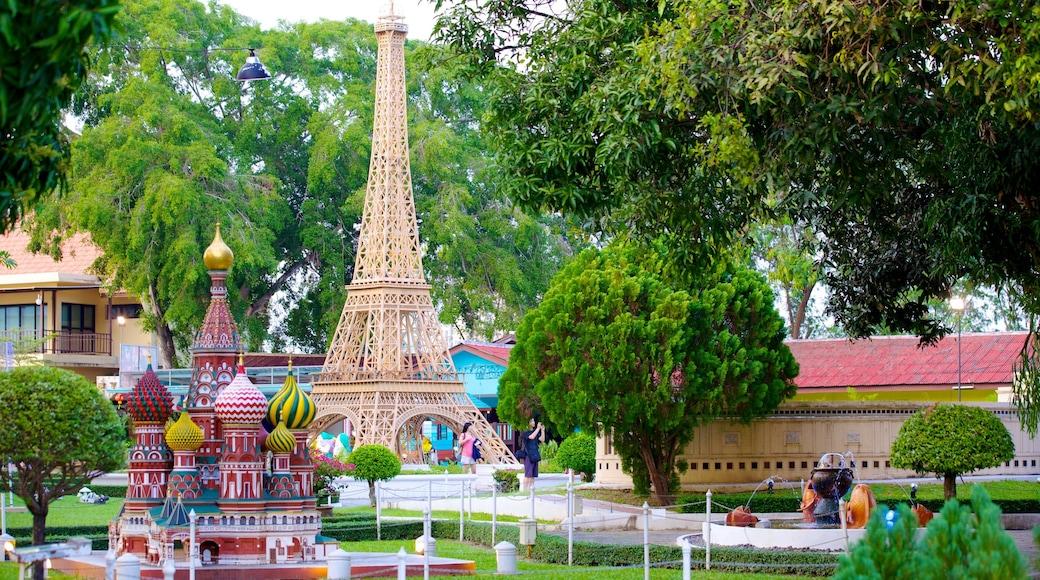 เมืองจำลอง แสดง ศิลปะกลางแจ้ง, สวนสาธารณะ และ เครื่องเล่น