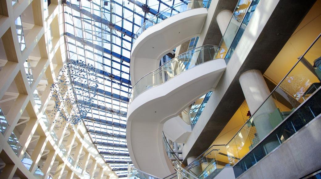 Salt Laken kirjaston päärakennus featuring sisäkuvat ja moderni arkkitehtuuri