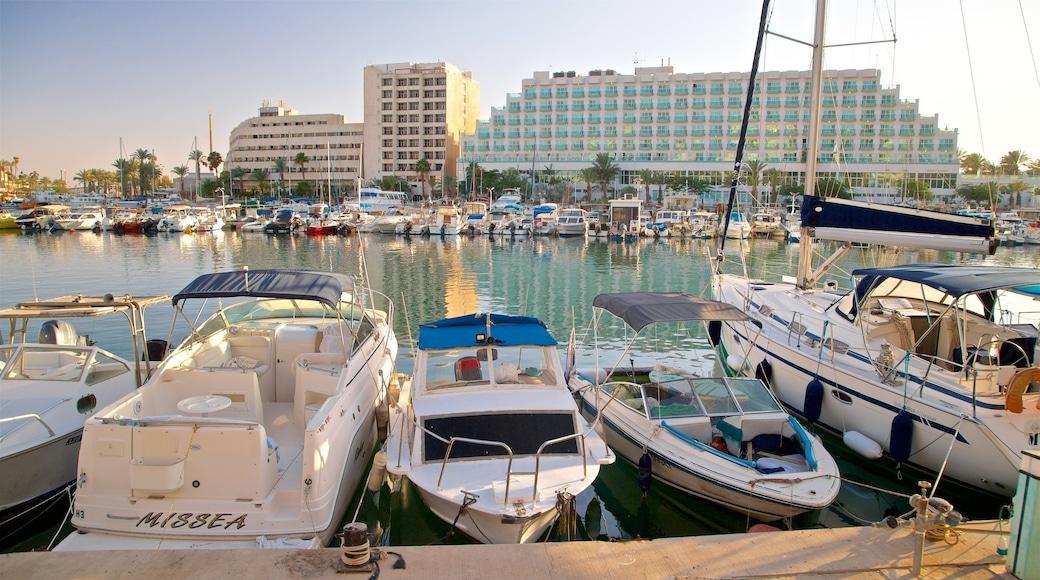 Jachthafen Eilat welches beinhaltet Bucht oder Hafen