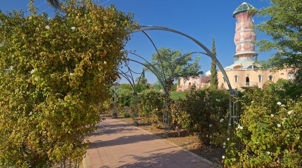 Yahel das einen historische Architektur und Park