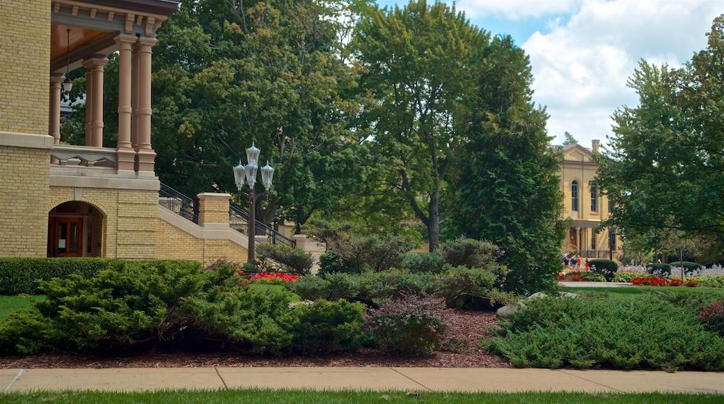 University of Notre Dame showing a park