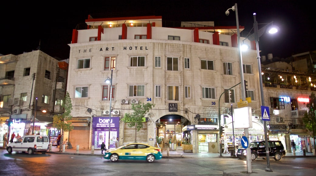 Amman showing night scenes