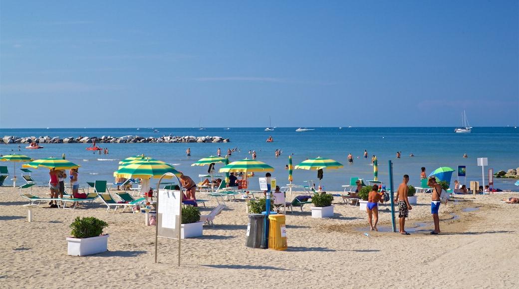 Rivabella mostrando vista della costa, spiaggia sabbiosa e nuoto