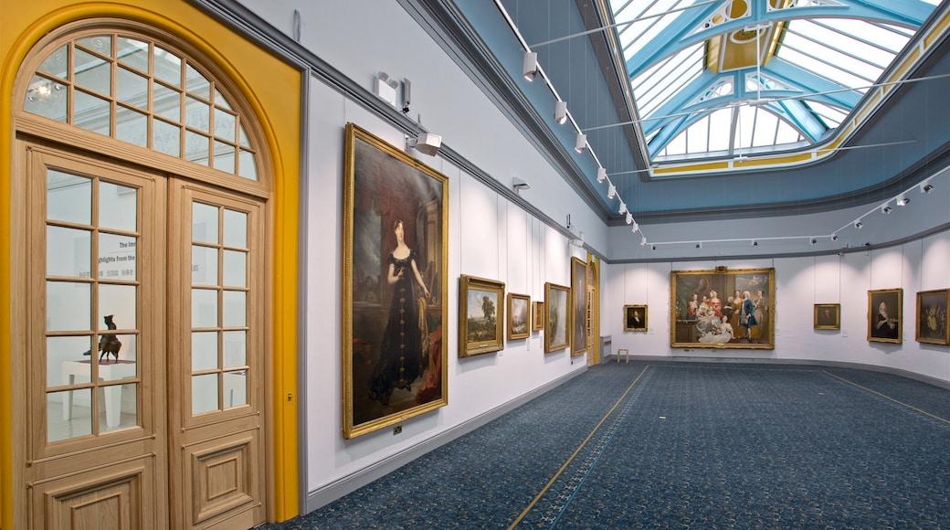 Wolverhampton mostrando vista interna e arte