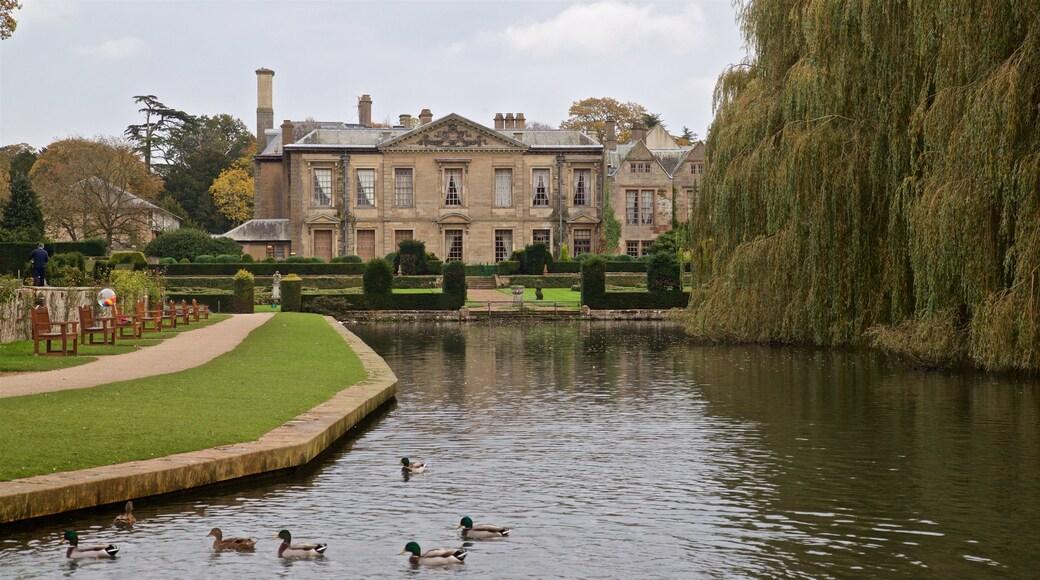 Coombe Abbey Country Park qui includes patrimoine architectural, maison et vie des oiseaux