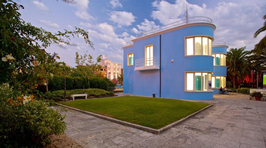 Palazzina Azzurra mit einem Haus