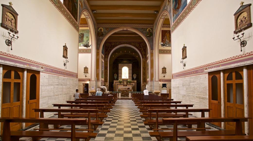 Santuario della Madonna dello Splendore das einen Geschichtliches, Kirche oder Kathedrale und Innenansichten