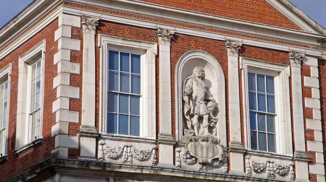 Windsor Guildhall showing heritage elements